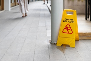 Tennessee Slip and Fall Injury Lawyer Weir and Kestner