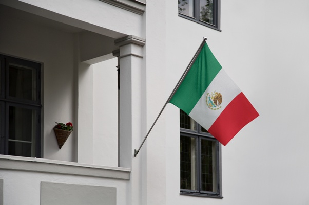 A house in Mexico may prevent investors from being domiciled in the U.S.