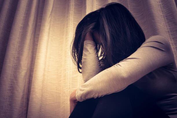 Emotionally distressed women seeking law support