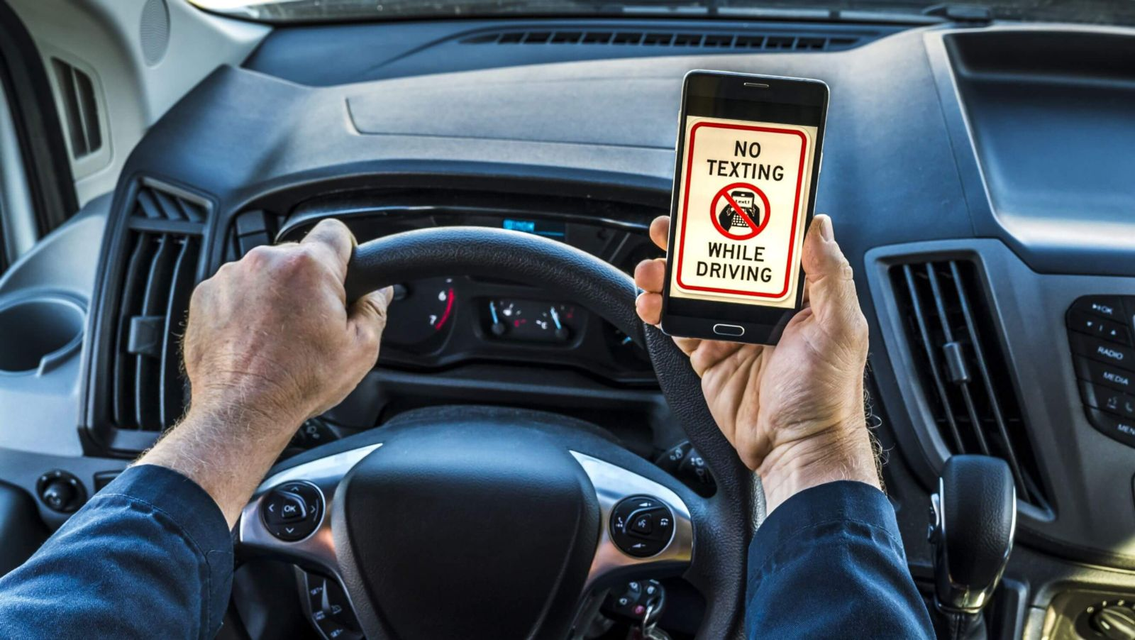 Texting While Driving >> Missouri Text While Driving Laws Foster Wallace Llc