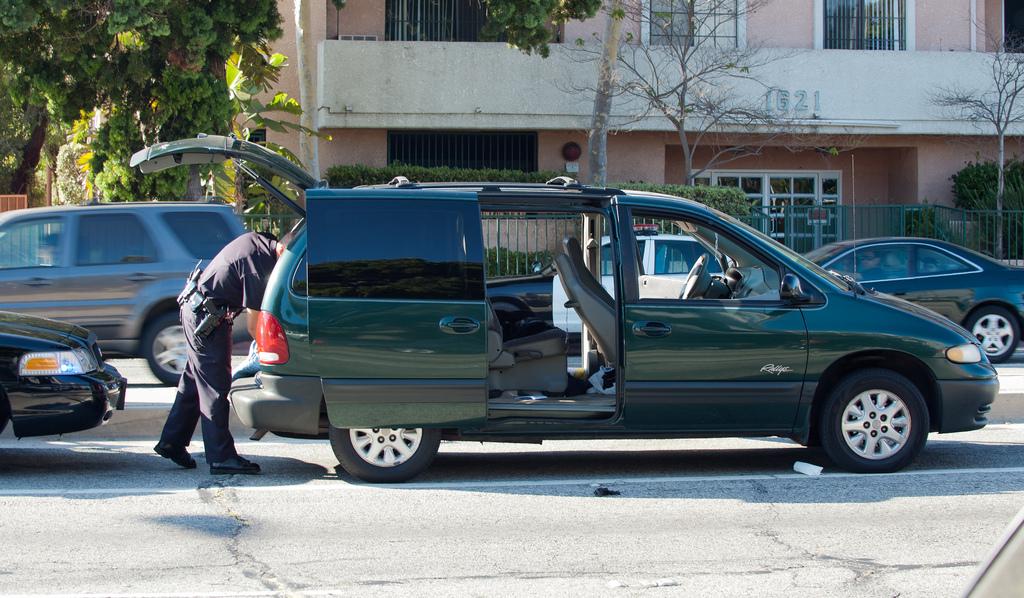 Police Searching a Car Criminal Defense Lawyer Matthew Konecky Palm Beach County Florida