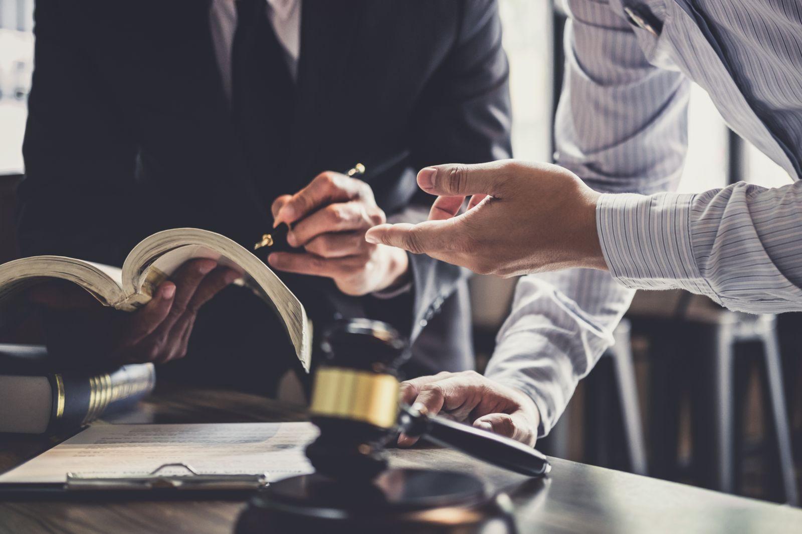 sioux falls business litigation attorneys