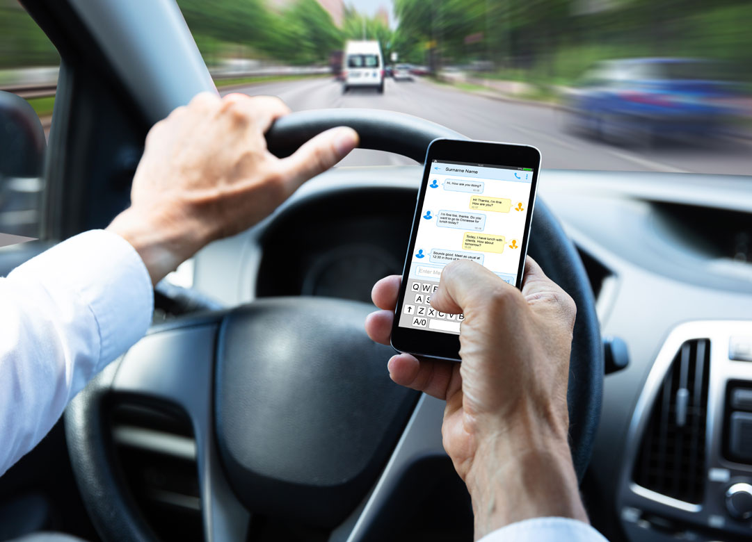 distracted driving in pasadena texas