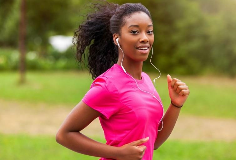 young black woman runner
