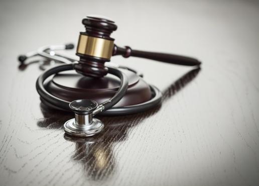 gavel and stethoscope medical malpractice