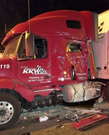 Sumner, WA semi accident photos