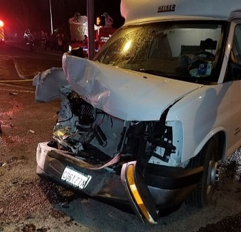 Sumner, WA box truck accident photos