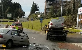 burien tow truck crash
