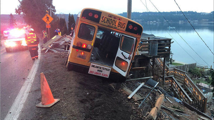bus crash key peninsula