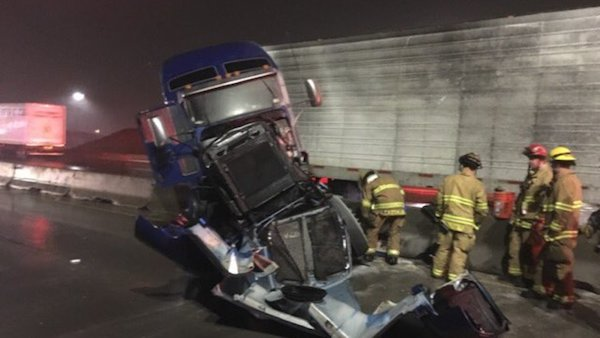 semi crash tacoma