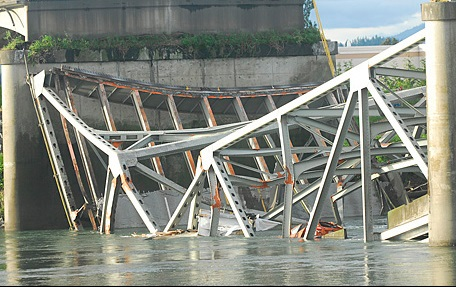 bridge accident washington state