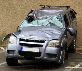 There Are Many Causes of a Crushed Roof of a Car in a Wreck