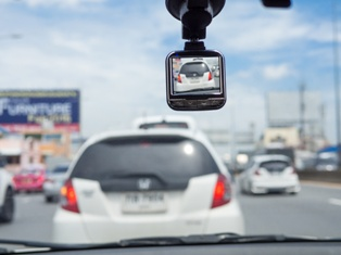 Truck Dash Cam Footage Can Help Your Truck Accident Claim