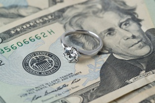 Spousal Support Money With a Wedding Ring
