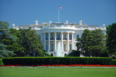 The White House and the front lawn.