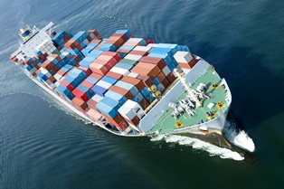 Maritime worker injuries due to container ship accidents