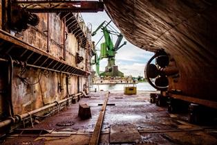shipbreaking of rusted vessel