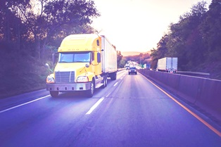 Truck accidents due to lack of distance