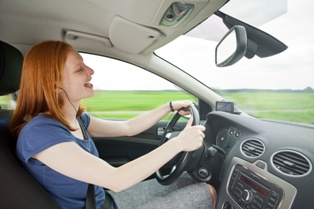 Do You Know About the Dangers Headphones Pose for Drivers?