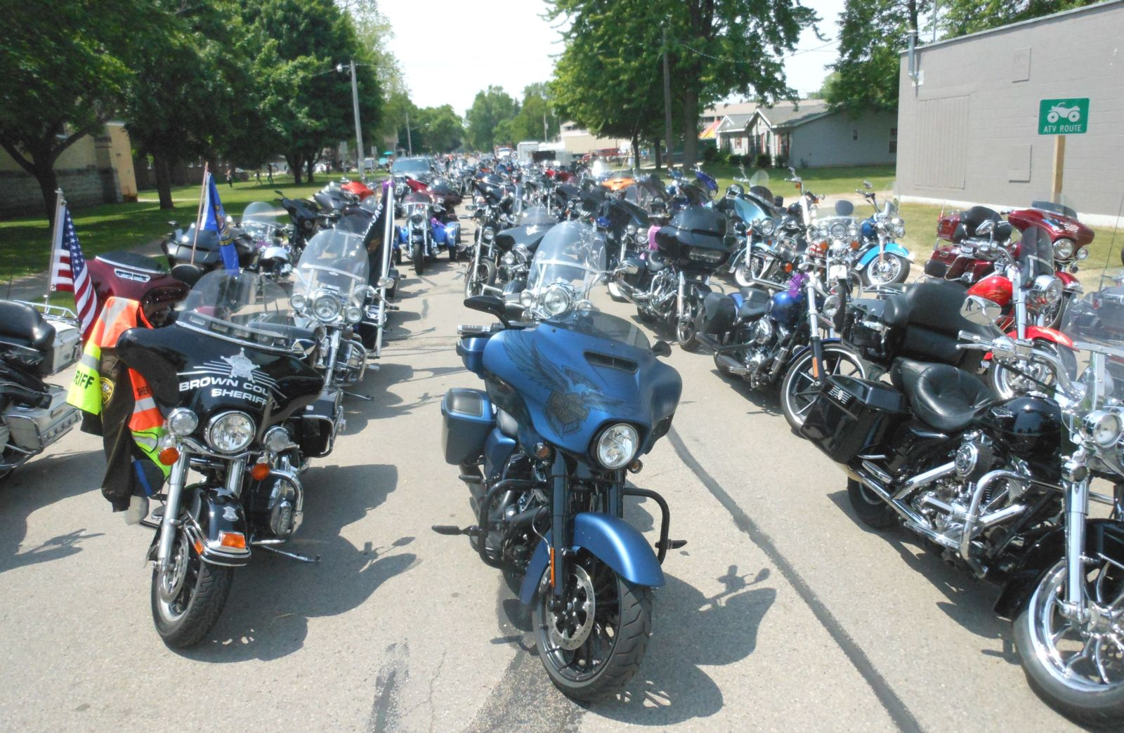 Motorcycles At Parins Cruise For Cancer
