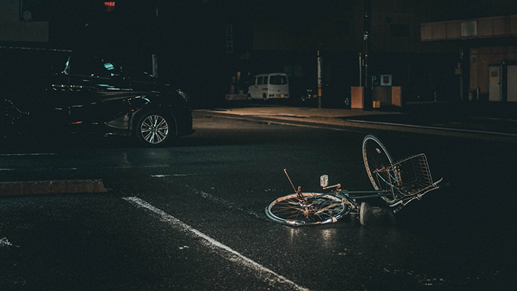 Importance of Lights for Bicyclists
