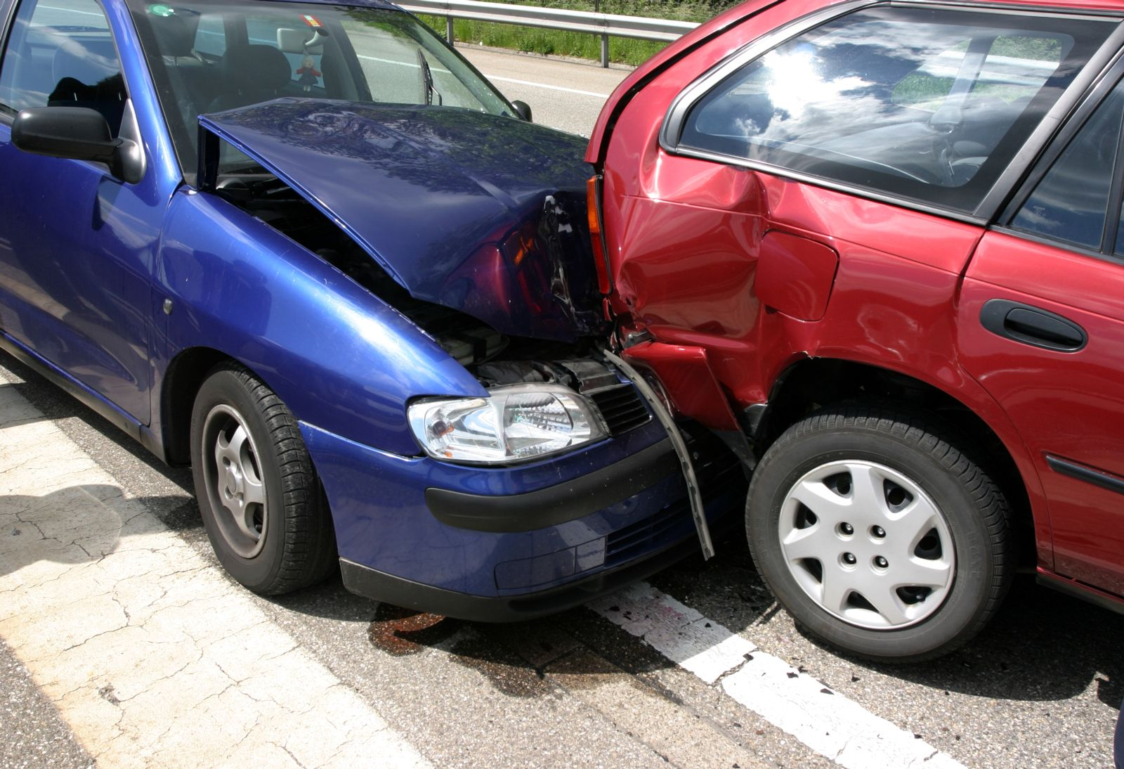 two-auto-vehicles-in-a-car-accident