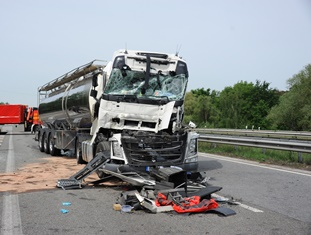 Truck accidents in Myrtle Beach The Derrick Law Firm
