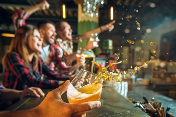 Bars can be held liable for DUI accidents.  Dram Shop Liability Lawyer Derrick Law Firm