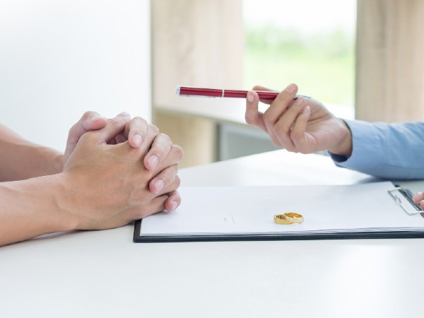Can you oppose your spouse's divorce petition?