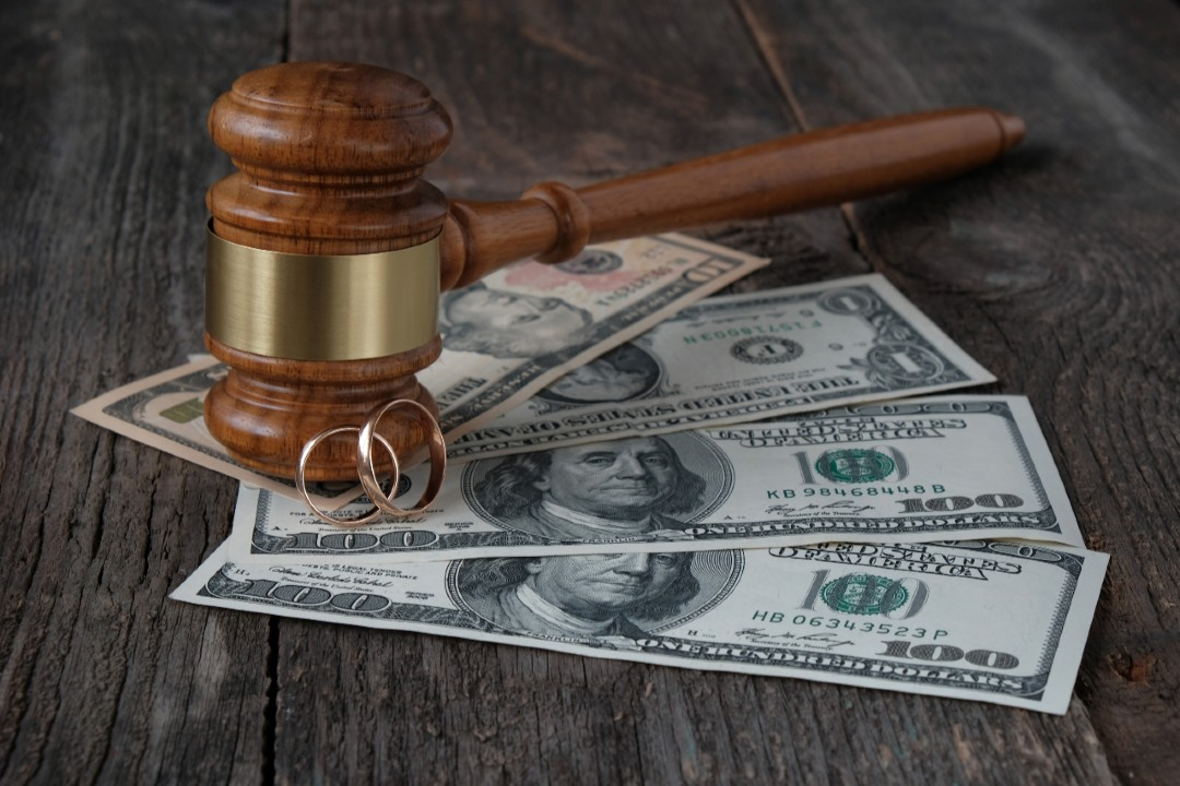 common causes of divorce for wealthy couples