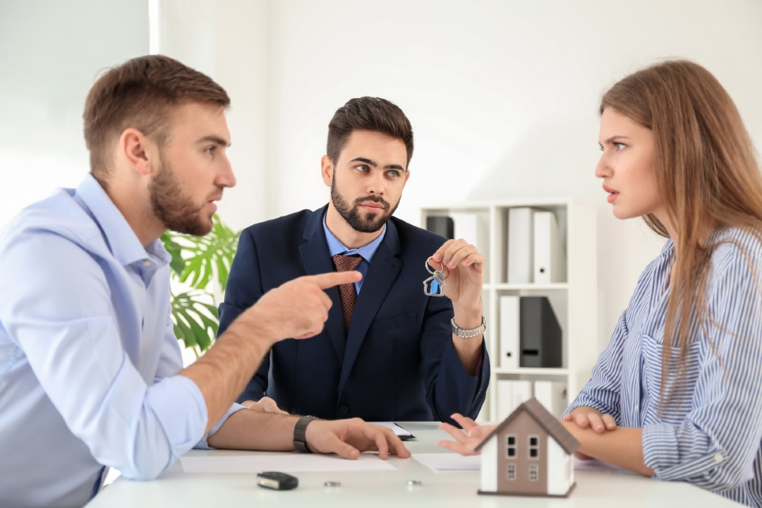 how do you value real estate property during a divorce in Washington state?