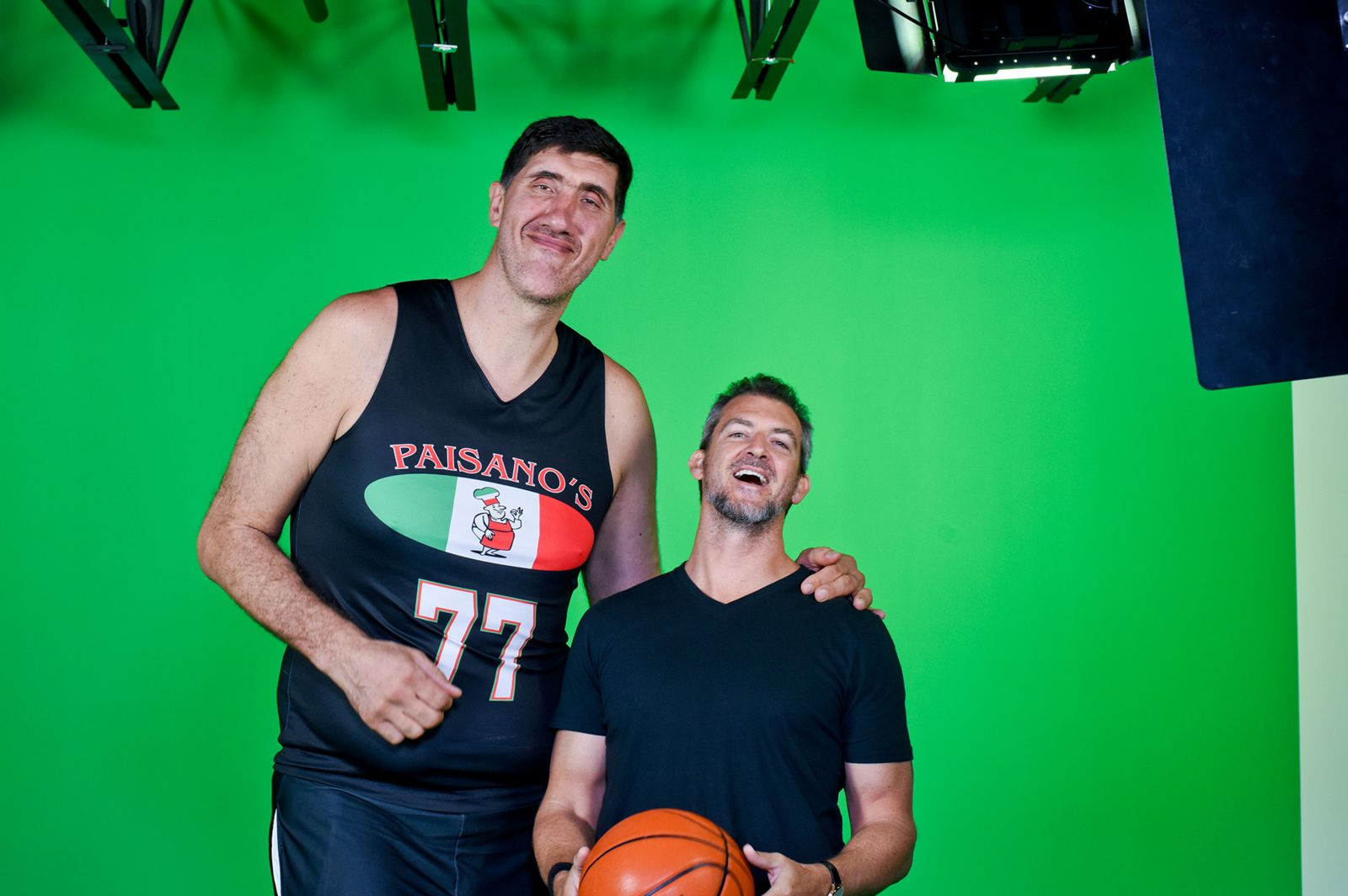 Muresan green screen