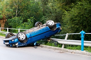 Causes of rollovers in CA and compensation victims can receive