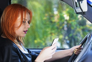 tips to stop distracted teen drivers