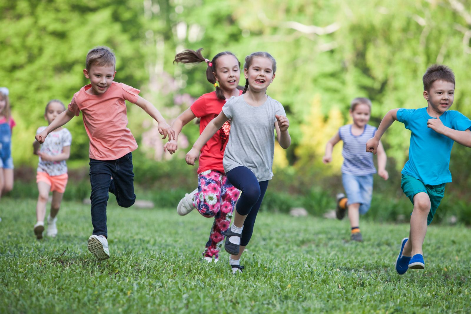 Houston podiatrist treats flat feet causing kids to tire easily when they run