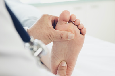 Bump up those diabetic foot checks if you're running with diabetes
