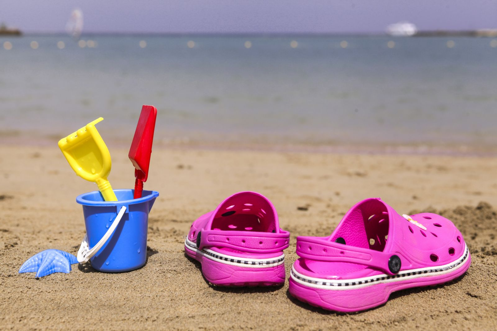 Wearing crocs to school? NOT a good idea!! But by the beach? Nothing could be better.
