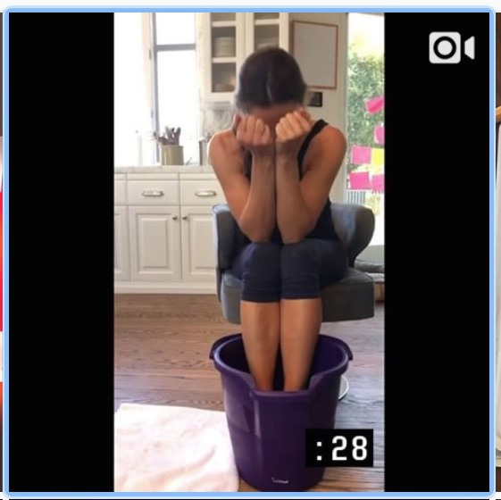 Make like Jennifer Garner and give your feet a cool soak--although you don't need to make it an ice bucket like she did!