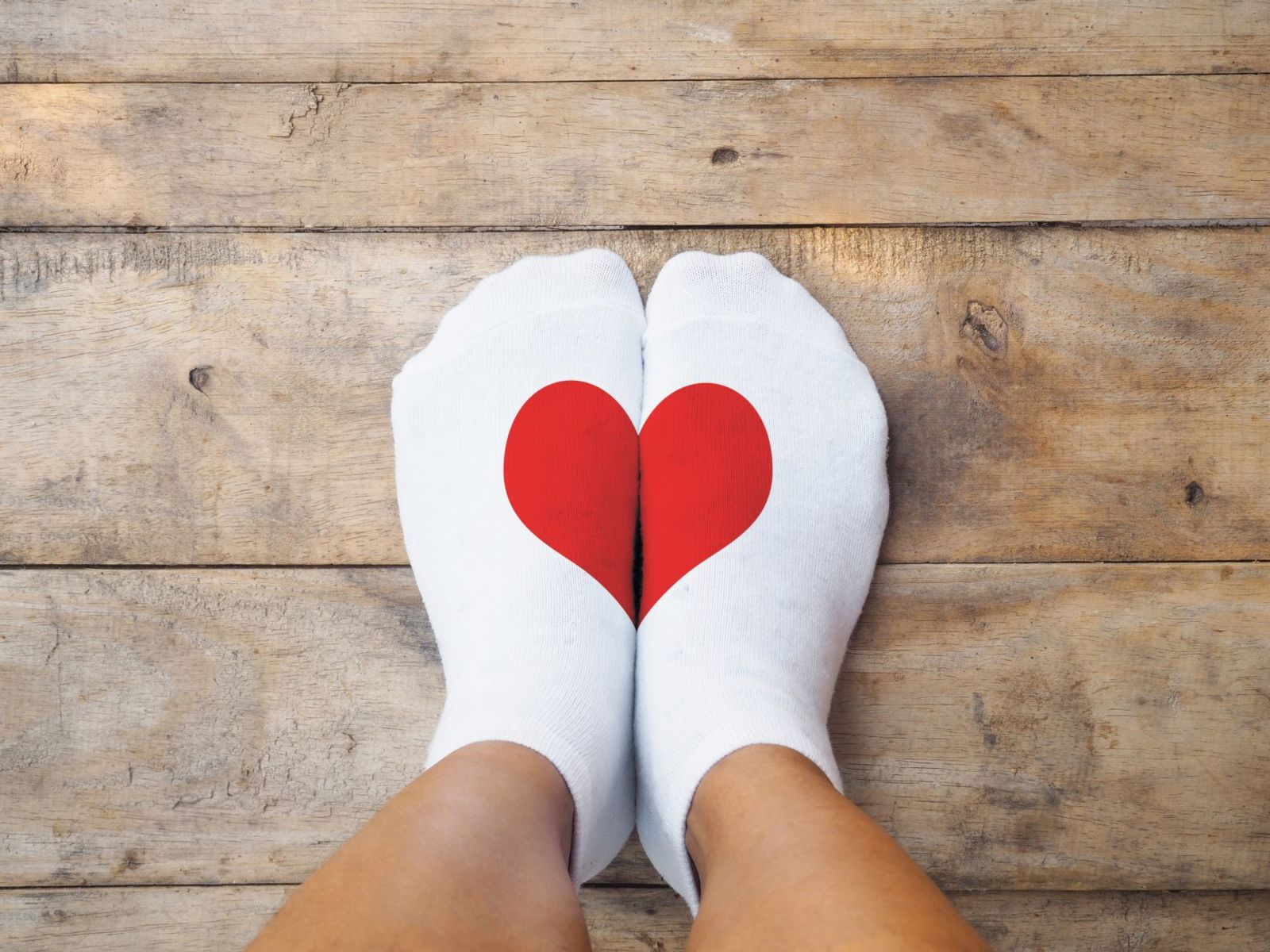 Get rid of unhealthy shoes and your feet will love you!
