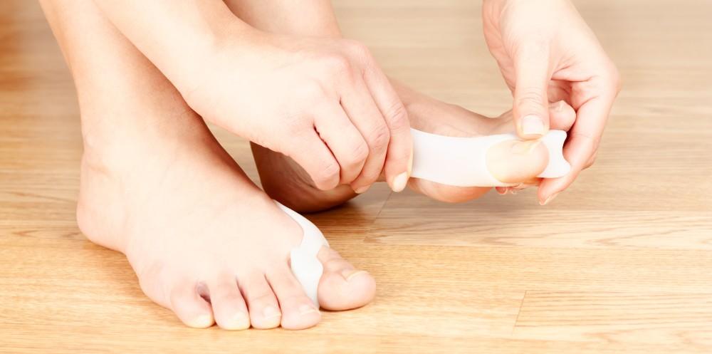 Houston podiatrist uses bunion pads for painful bunions