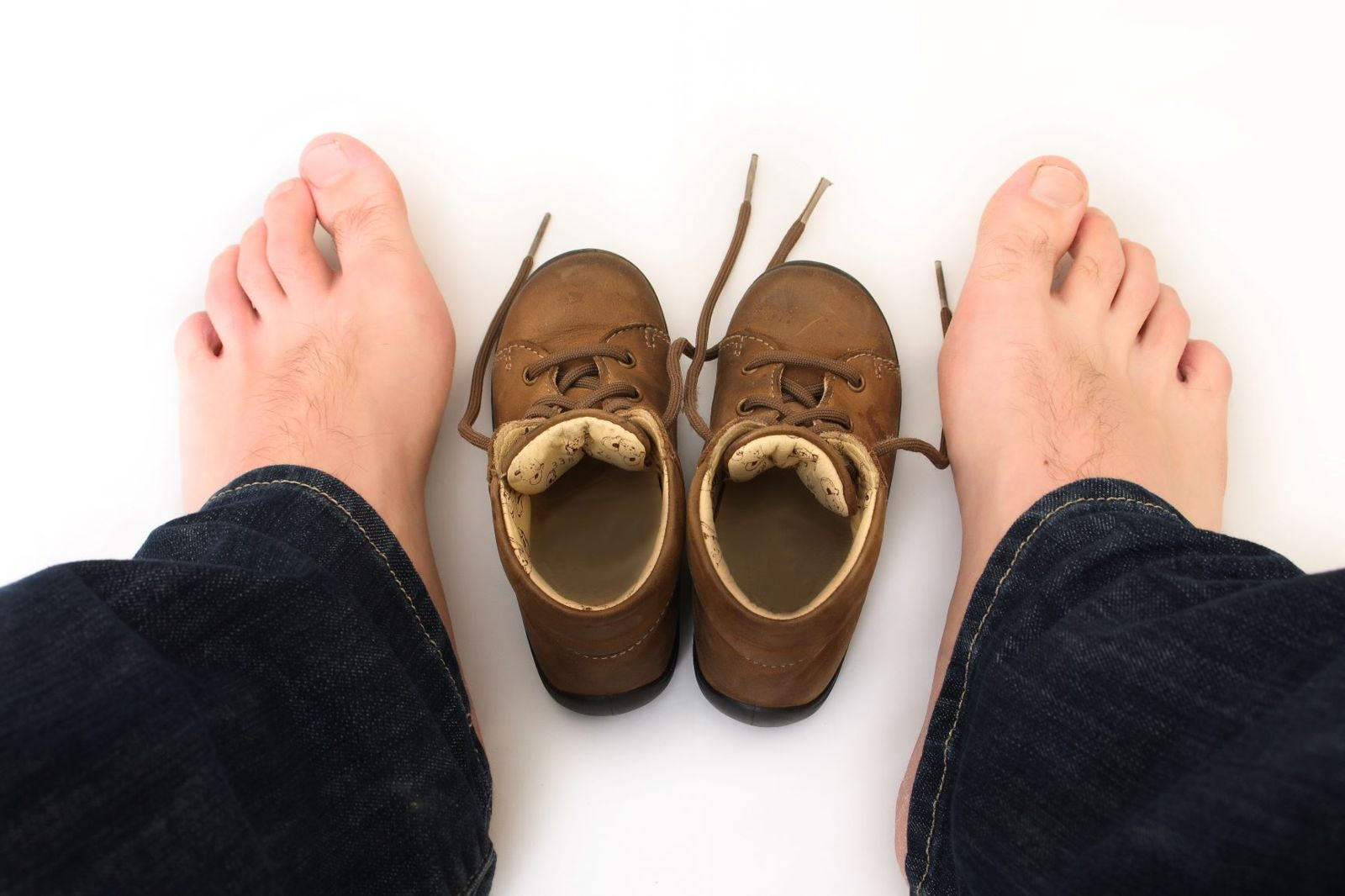 Sometimes, it's obvious your shoes don't Fit. Otherwise, you need some helpful guidelines to determine your shoe fit!