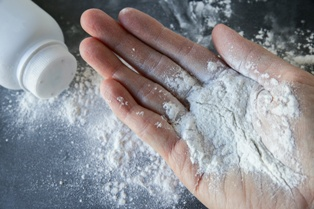 Talcum Powder and the Link to Cancer
