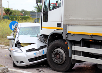 personal injury lawyers for Kansas City truck accidents