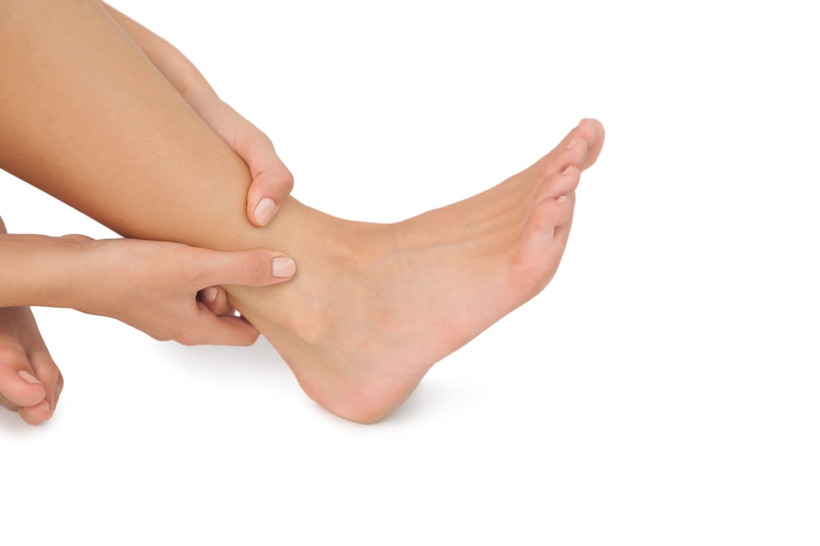 Swollen feet can hurt. We'll help discover the root cause of your problem
