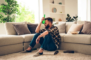Signs of veteran or military personnel alcohol abuse