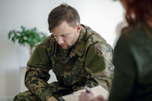 Difference between combat stress and PTSD