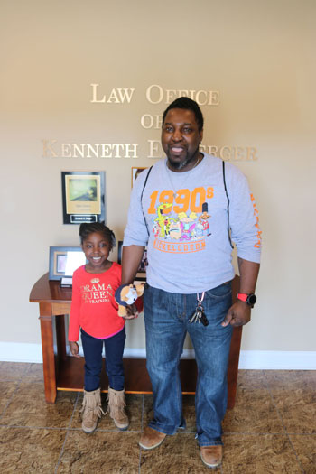 Car wreck clients at the Law Office of Kenneth Berger