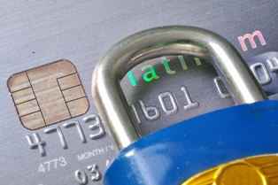 Removing Fraudulent Credit Accounts Off of Your Credit Report