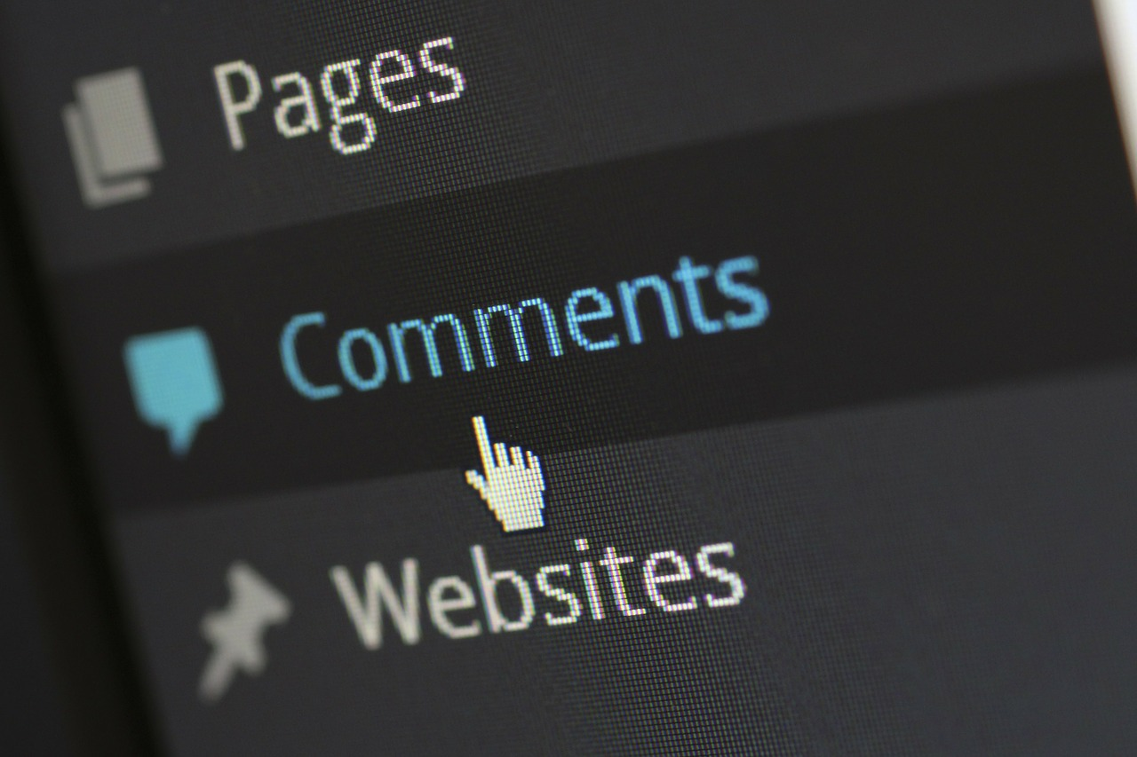 Enable comments on your lawyer blog and engage your audience.