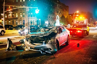 Common car crash causes and injuries